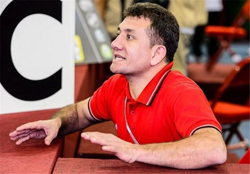 محمدی: کشتی گیران ما هم مثل سعدالله یف می توانند در جوانی قهرمان شوند، برای خروج جام تختی از رنکینگ دلیل داریم